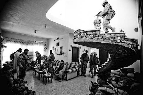 zoriah_iraq_USA_marines_war_fallujah_patrol_home_search