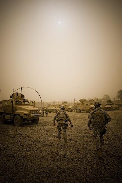 zoriah_iraq_war_baghdad_soldiers_mission_sand_storm